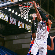 Delaware 87ers Forward SHANE EDWARDS (7) drive to the basket in the first half of a NBA G-league regular season basketball game between the Delaware 87ers and the Westchester Knicks (New York Knicks) Tuesday, Nov. 07, 2017, at The Bob Carpenter Sports Convocation Center in Newark, DEL