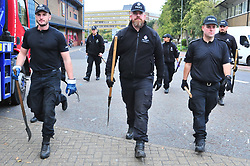© Licensed to London News Pictures 25/10/2018<br /> DARTFORD,UK.<br /> Police search teams at Home Gardens, Dartford town centre at 5pm today.<br /> The search continues today for missing mother of five from New Ash Green Sarah Wellgreen.<br /> Photo credit: Grant Falvey/LNP