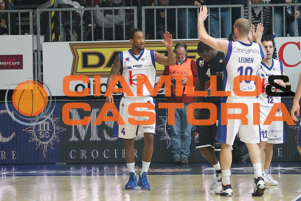 DESCRIZIONE : Cantu Campionato Lega A 2011-12 Bennet Cantu Pepsi Caserta<br /> GIOCATORE : David Lighty<br /> CATEGORIA : Ritratto Esultanza<br /> SQUADRA : Bennet Cantu<br /> EVENTO : Campionato Lega A 2011-2012<br /> GARA : Bennet Cantu Pepsi Caserta<br /> DATA : 20/11/2011<br /> SPORT : Pallacanestro<br /> AUTORE : Agenzia Ciamillo-Castoria/G.Cottini<br /> Galleria : Lega Basket A 2011-2012<br /> Fotonotizia : Cantu Campionato Lega A 2011-12 Bennet Cantu Pepsi Caserta<br /> Predefinita :