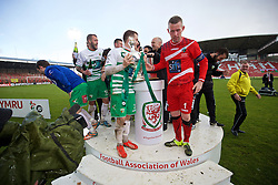 WREXHAM, WALES - Monday, May 2, 2016: The New Saints' players celebrates with the trophy after the 2-0 victory over Airbus UK Broughton during the 129th Welsh Cup Final at the Racecourse Ground. Chris Marriott, goalkeeper Paul Harrison. (Pic by David Rawcliffe/Propaganda)