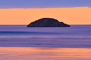 Pacific Ocean at Long Beach at dusk<br /> Pacific Rim National Park<br /> British Columbia<br /> Canada