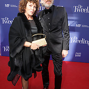 NLD/Amsterdam/20151011 - Inloop premiere De Tweeling, Henriette Tol en partner Rob Snoek