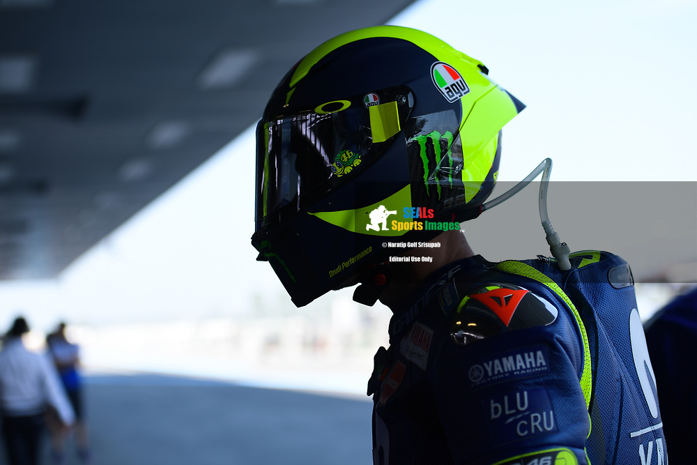 BURIRAM, THAILAND - OCTOBER 05: Valentino Rossi (46) of Italy and Movistar Yamaha MotoGP during FP1 at the MotoGP PTT Thailand Grand Prix 2018, Chang International Circuit, Thailand on October 05, 2018. <br /> .<br /> .<br /> .<br /> (Photo by: Naratip Golf Srisupab/SEALs Sports Images)<br /> .<br /> Any image use must include a mandatory credit line adjacent to the content which should read: Naratip Golf Srisupab/SEALs Sports Images