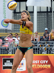 16-07-2014 NED: FIVB Grand Slam Beach Volleybal, Apeldoorn<br /> Poule fase groep G vrouwen - Laura Ludwig GER