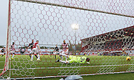 Dundee&rsquo;s Paul McGowan (extreme left) scores the winning goal - Hamilton v Dundee in the Ladbrokes Scottish Premiership at Superseal stadium, Hamilton. Photo: David Young<br /> <br />  - &copy; David Young - www.davidyoungphoto.co.uk - email: davidyoungphoto@gmail.com