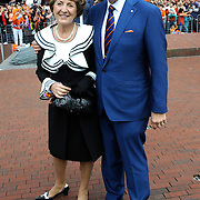 Koningsdag 2014 in Amstelveen, het vieren van de verjaardag van de koning. / Kingsday 2014 in Amstelveen, celebrating the birthday of the King. <br /> <br /> <br /> Op de foto / On the photo:  Prinses Margiet en Pieter van Vollenhoven / Princess Margiet and Pieter van Vollenhoven