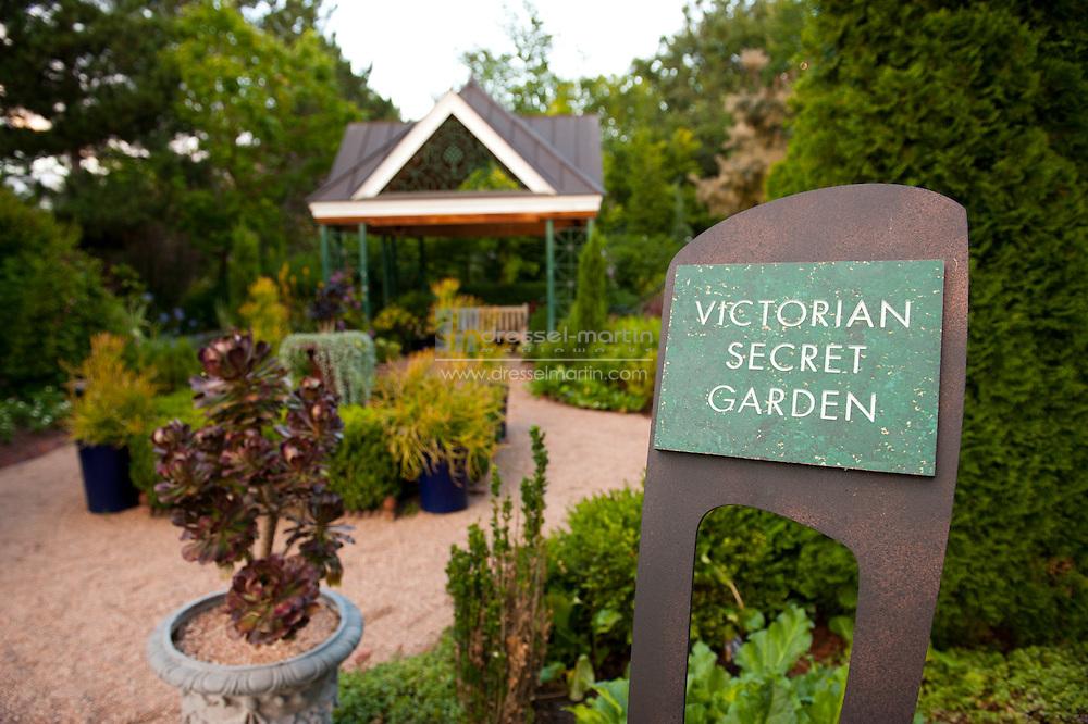 Victoria's Secret Garden
