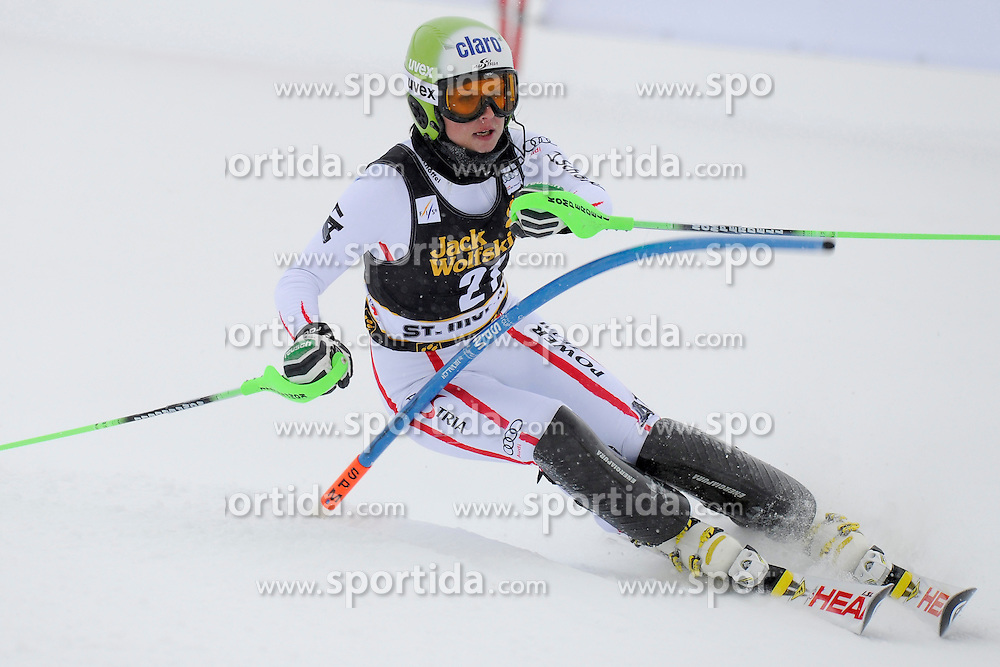 07.12.2012, Engiadina Rennstrecke, St. Moritz, SUI, FIS Ski Alpin Weltcup, Super Combination, Damen, Slalom, im Bild, Anna Fenninger (AUT), in action // during Slalom of ladies Super Combined of FIS ski alpine world cup at the Engiadina course, St. Moritz, Switzerland on 2012/12/07. EXPA Pictures © 2012, PhotoCredit: EXPA/ Freshfocus/ Urs Lindt..***** ATTENTION - for AUT, SLO, CRO, SRB, BIH only *****