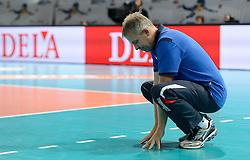 28-09-2015 NED: Volleyball European Championship Polen - Slovenie, Apeldoorn<br /> Polen wint met 3-0 van Slovenie / Coach Bruno Najdic