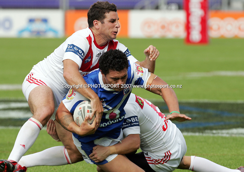 Sonny Fai in action during the Premier League match between the Auckland Lions and the Dragons at Mt Smart Stadium, Auckland, New Zealand on Sunday 15 April 2007. Photo: Hannah Johnston/PHOTOSPORT<br /> <br /> <br /> <br /> 150407