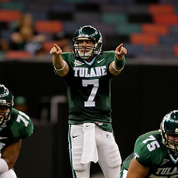 Sep 12, 2009; New Orleans, LA, USA;  Tulane Green Wave quarterback Joe Kemp (7) against the BYU Cougars in the first half at the Louisiana Superdome.  BYU defeated Tulane 54-3. Mandatory Credit: Derick E. Hingle-US PRESSWIRE