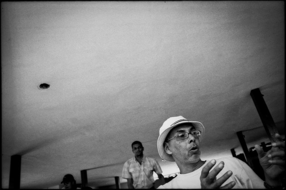 PORTRAITS / RETRATOS<br /> <br /> Alejandro Toro<br /> Fot&oacute;grafo Venezolano<br /> San Felipe, Estado Yaracuy - Venezuela 2008<br /> <br /> (Copyright &copy; Aaron Sosa