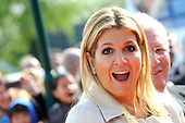 Prinses Maxima opent Cliniclowns College