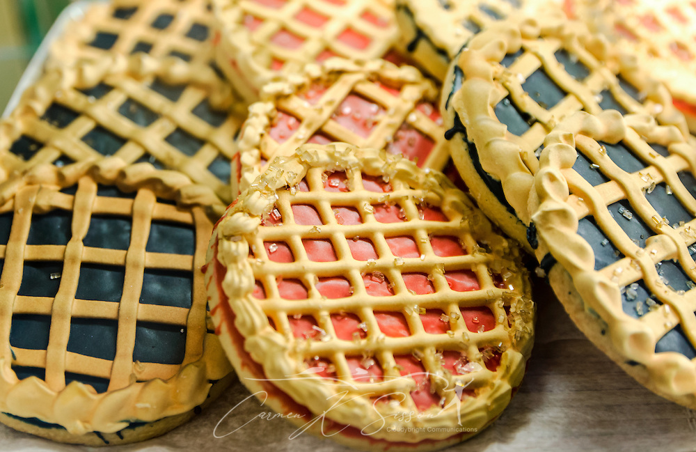 Shortbread cookies, decorated like pies for Pi Day, are among the many sweet treats available at Mary's Cakes & Pastries in Northport, Alabama. (Photo by Carmen K. Sisson/Cloudybright)
