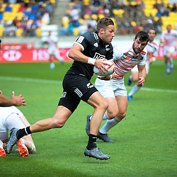 NZ's Tim Mikkelson in action against England on day two of the 2017 HSBC World Sevens Series Wellington at Westpac Stadium in Wellington, New Zealand on Sunday, 29 January 2017. Photo: Dave Lintott / lintottphoto.co.nz