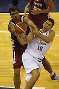 DESCRIZIONE : Madrid Spagna Spain Eurobasket Men 2007 Qualifying Round Italia Turchia Italy Turkey GIOCATORE : Mehmet Okur, Andrea Bargnani SQUADRA : Nazionale Italia Uomini Italy <br /> EVENTO : Eurobasket Men 2007 Campionati Europei Uomini 2007 <br /> GARA : Italia Turchia Italy Turkey <br /> DATA : 10/09/2007 <br /> CATEGORIA : Tiro <br /> SPORT : Pallacanestro <br /> AUTORE : Ciamillo&amp;Castoria/N.Parausic <br /> Galleria : Eurobasket Men 2007 <br /> Fotonotizia : Madrid Spagna Spain Eurobasket Men 2007 Qualifying Round Italia Turchia Italy Turkey Predefinita :