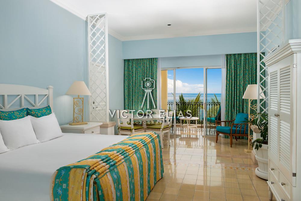 Pueblo Bonito Emerald Bay Resort & Spa. Photo by: Victor Elias Photography