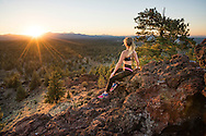USA, Oregon, Deschutes County,Bend, sunset with athlete MR