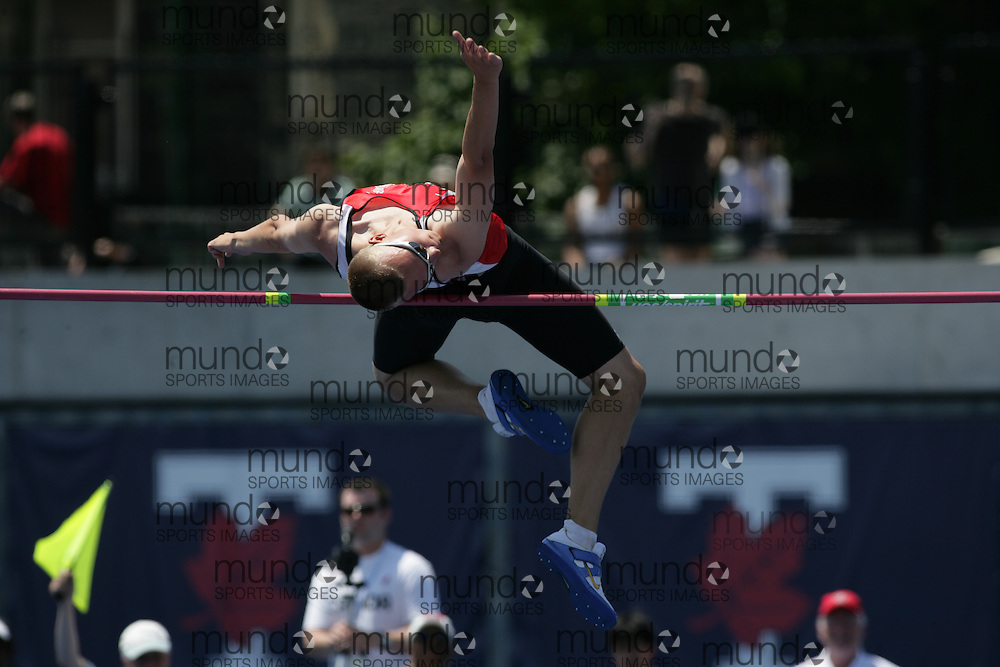 (Toronto, Ontario---27/06/09)  \\ high jump final at the 2009 Canadian National Track and field Championships. Photograph copyright Sean Burges / Mundo Sport Images, 2009. www.mundosportimages.com / www.msievents.