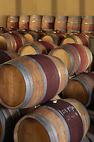 Wine casks  in order standing and lying down