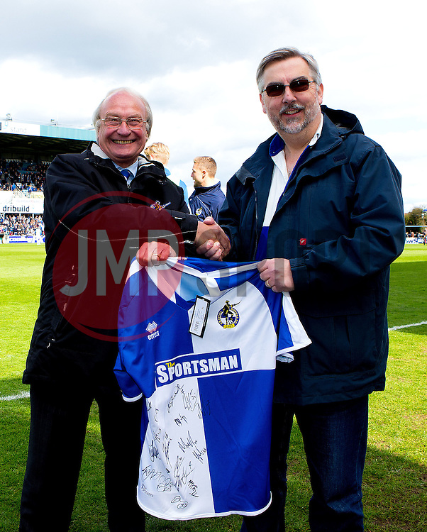Bristol Rovers fan presented with a signed shirt - Photo mandatory by-line: Robbie Stephenson/JMP - 16/04/2016 - BASKETBALL - SGS Wise Arena - Bristol, England - Bristol Flyers v London Lions - British Basketball League