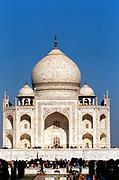 Taj Mahal, Agra, India. 17th century marble mausoleum built by Shah Jahan for his favourite wife, Mumtaz Mahal. Photograph.