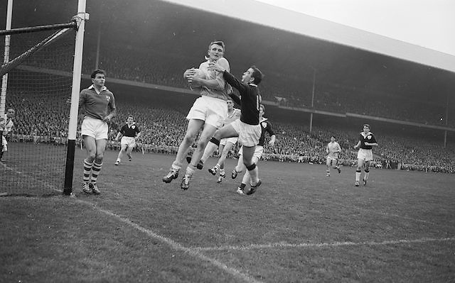 Dublin Full Back L. Foley catches a high ball near own goalmouth and returns to earth with Galway Full Forward S. Cleary on right during the All Ireland Senior Gaelic Football Championship Final Dublin V Galway at Croke Park on the 22nd September 1963.