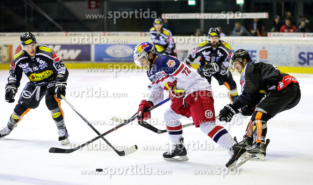18.09.2015, Messestadion, Dornbirn, AUT, EBEL, Dornbirner Eishockey Club vs EC Red Bull Salzburg, 3. Runde, im Bild v.l. James Livingston, (Dornbirner Eishockey Club), John Hughes, (EC Red Bull Salzburg) und Olivier Magnan Grenier, (Dornbirner Eishockey Club) // during the Erste Bank Icehockey League 3rd round match between Dornbirner Eishockey Club vs EC Red Bull Salzburg at the Messestadion in Dornbirn, Austria on 2015/09/18. EXPA Pictures © 2015, PhotoCredit: EXPA/ Peter Rinderer