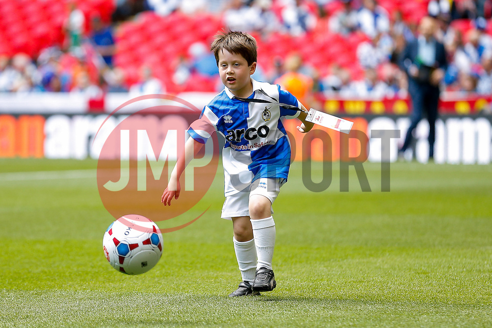 Bristol Rovers mascots warm up on the famous Wembley turf - Photo mandatory by-line: Rogan Thomson/JMP - 07966 386802 - 17/05/2015 - SPORT - FOOTBALL - London, England - Wembley Stadium - Bristol Rovers v Frimsby Town - Vanarama Conference Premier Play-off Final.