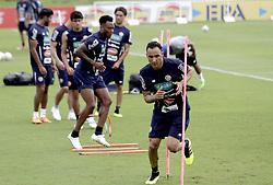 COSTA RICA-SAN ANTONIO DE BELEN-COPA MUNDIAL-ENTRENAMIENTO.(180530) -- SAN ANTONIO DE BELEN, mayo 30, 2018  Keylor Navas, de la selección nacional de fútbol de Costa Rica, participa en una sesión de entrenamiento en el complejo de alto rendimiento de La Federación Costarricense de Fútbol, en San Antonio de Belen, Costa Rica, el 30 de mayo de 2018. La selección nacional de fútbol de Costa Rica se enfrentará a Irlanda del Norte el 3 de junio en el Estadio Nacional, previo a su participación en la Copa Mundial de la FIFA Rusia 2018 que se llevará a cabo entre el 14 de junio y el 15 de julio de 2018. (Credit Image: © [E]Kent Gilbert/Xinhua via ZUMA Wire)