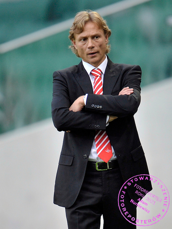 TRAINER COACH VALERY KARPIN (SPARTAK) DURING THE UEFA EUROPA LEAGUE PLAY-OFF FIRST LEG SOCCER MATCH BETWEEN LEGIA WARSAW AND SPARTAK MOSCOW AT PEPSI ARENA IN WARSAW, POLAND...POLAND, WARSAW , AUGUST 18, 2011..( PHOTO BY ADAM NURKIEWICZ / MEDIASPORT )..PICTURE ALSO AVAIBLE IN RAW OR TIFF FORMAT ON SPECIAL REQUEST.