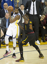 May 31, 2018 - Oakland, California, U.S - Kevin Durant #35 of the Golden State Warriors during  their  NBA Championship Game 1 with the Cleveland Cavaliers at  Oracle Arena in Oakland, California on Thursday,  May 31,  2018. (Credit Image: © Prensa Internacional via ZUMA Wire)