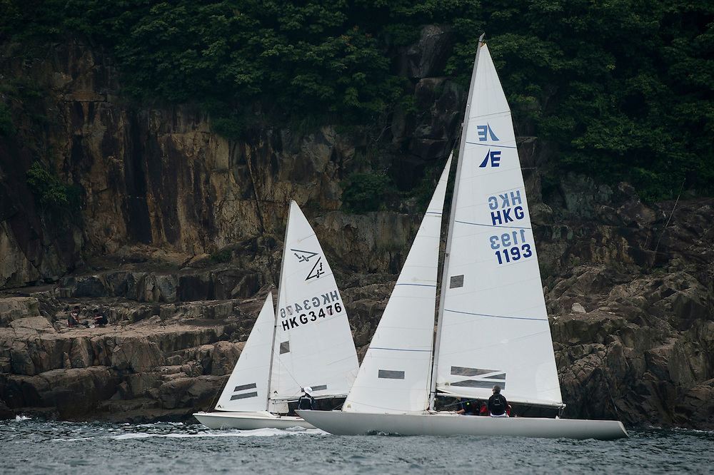 Participants compete at the HKRNVR presented by Old Mutual on April 30 2016 in Hong Kong, China. Photo by Xaume Olleros