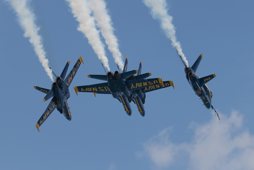 The U.S. Navy Blue Angels execute a break during the 2015 Chicago Air & Water Show.
