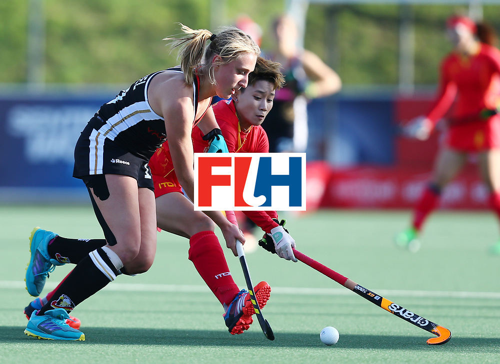 New Zealand, Auckland - 19/11/17  <br /> Sentinel Homes Women&rsquo;s Hockey World League Final<br /> Harbour Hockey Stadium<br /> Copyrigth: Worldsportpics, Rodrigo Jaramillo<br /> Match ID: 10297 - GER vs CHI<br /> Photo: (10) WENZEL Benedetta against (6) ZHANG Lijia