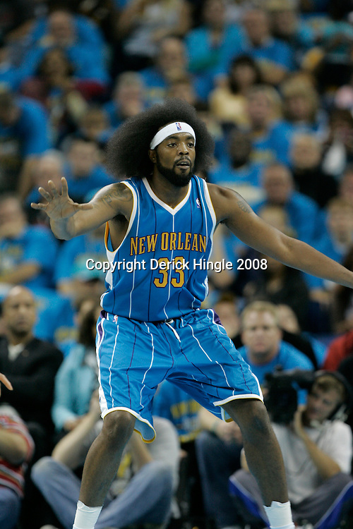 01 November 2008:  New Orleans Hornets center Melvin Ely (33) in action during a 104-92 win by the New Orleans Hornets over the Cleveland Cavaliers at the New Orleans Arena in New Orleans, LA..