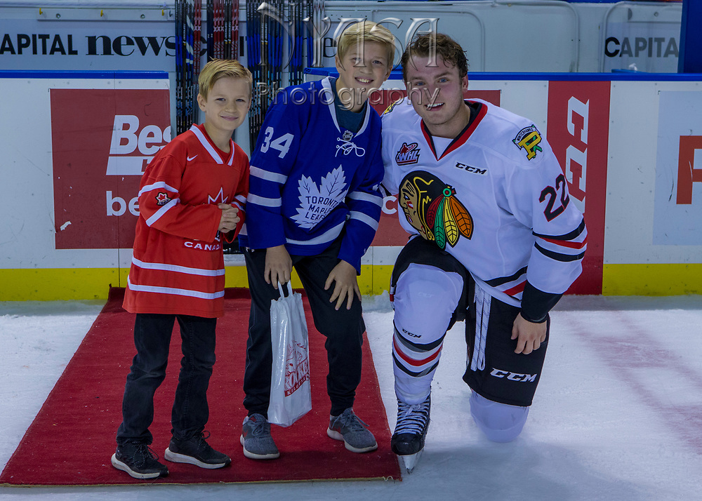 KELOWNA, CANADA - OCTOBER 22:  Second Star of the Game Kieffer Bellows #22 of the Portland Winterhawks at the Kelowna Rockets game on October 22, 2017 at Prospera Place in Kelowna, British Columbia, Canada.  (Photo By Cindy Rogers/Nyasa Photography,  *** Local Caption ***