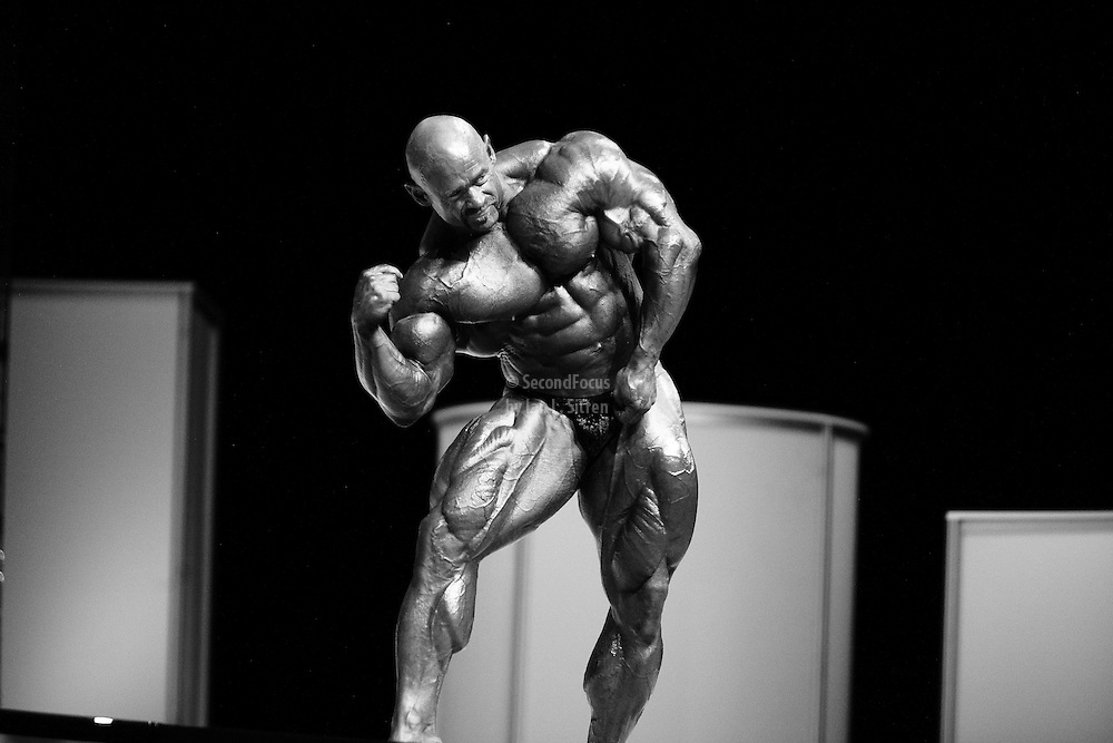 Branch Warren on stage at the finals for the 2009 Mr. Olympia competition in Las Vegas.