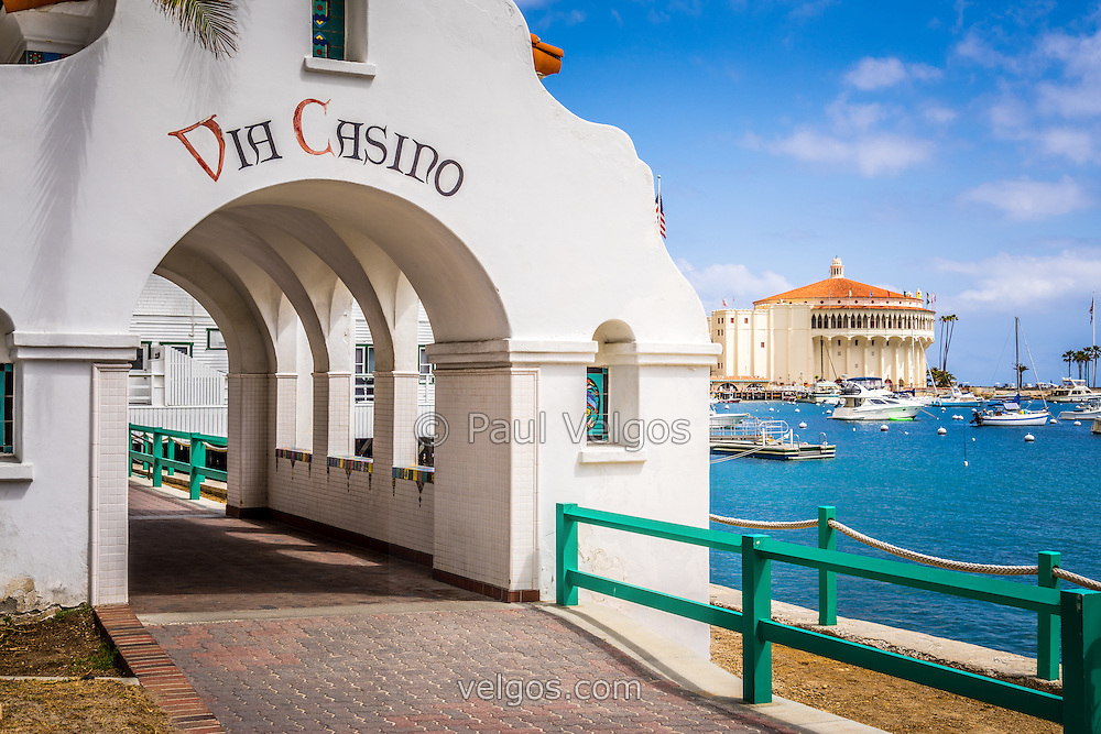is there a gambling casino on catalina island