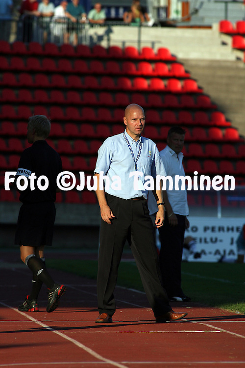 05.08.2006, Ratina, Tampere, Finland..Veikkausliiga 2006 - Finnish League 2006.Tampere United - Myllykosken Pallo-47.Valmentaja Ilkka M?kel? - MyPa.©Juha Tamminen.....ARK:k
