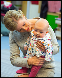 November 2, 2016 - London, United Kingdom - Image ©Licensed to i-Images Picture Agency. 02/11/2016. London, United Kingdom. Maria Clemencia and Countess of Wessex visit. ..The Countess of Wessex holds baby Maggie at a music session for babies under 10 months during a joint visit with Colombian First Lady Maria Clemencia Rodriguez de Santos to Vanessa Nursery School and Cathnor Park Children's Centre, in west London, where they met Vanessa Redgrave, who founded the nursery school, and toured the centre..Picture by  i-Images / Pool (Credit Image: © Images/i-Images via ZUMA Wire)
