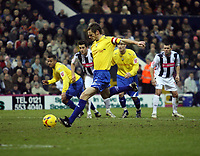 Photo: Rich Eaton.<br /> <br /> West Bromwich Albion v Preston North End. Coca Cola Championship. 26/12/2006. Graham Alexander captain of Preston scores from the spot in the first half