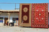 Ouzbekistan, Boukhara, patrimoine mondial de l Unesco, Bazar des tapis // Uzbekistan, Bukhara, Unesco world heritage, Carpet market