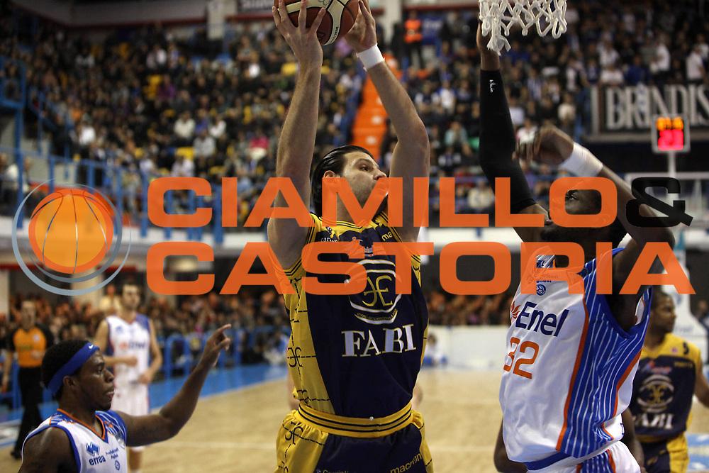 DESCRIZIONE : Brindisi Lega A 2010-11 Enel Brindisi Fabi Montegranaro <br /> GIOCATORE : Dejan Ivanov<br /> SQUADRA : Fabi Montegranaro <br /> EVENTO : Campionato Lega A 2010-2011<br /> GARA : Enel Brindisi Fabi Montegranaro <br /> DATA : 05/12/2010<br /> CATEGORIA : tiro penetrazione<br /> SPORT : Pallacanestro<br /> AUTORE : Agenzia Ciamillo-Castoria/C.De Massis<br /> Galleria : Lega Basket A 2010-2011<br /> Fotonotizia : Brindisi Lega A 2010-11 Enel Brindisi Fabi Montegranaro <br /> Predefinita :