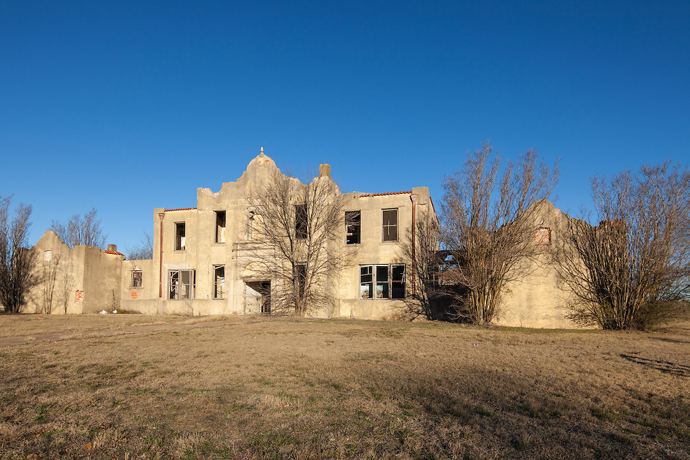 Abandoned Mosheim, Texas School Building