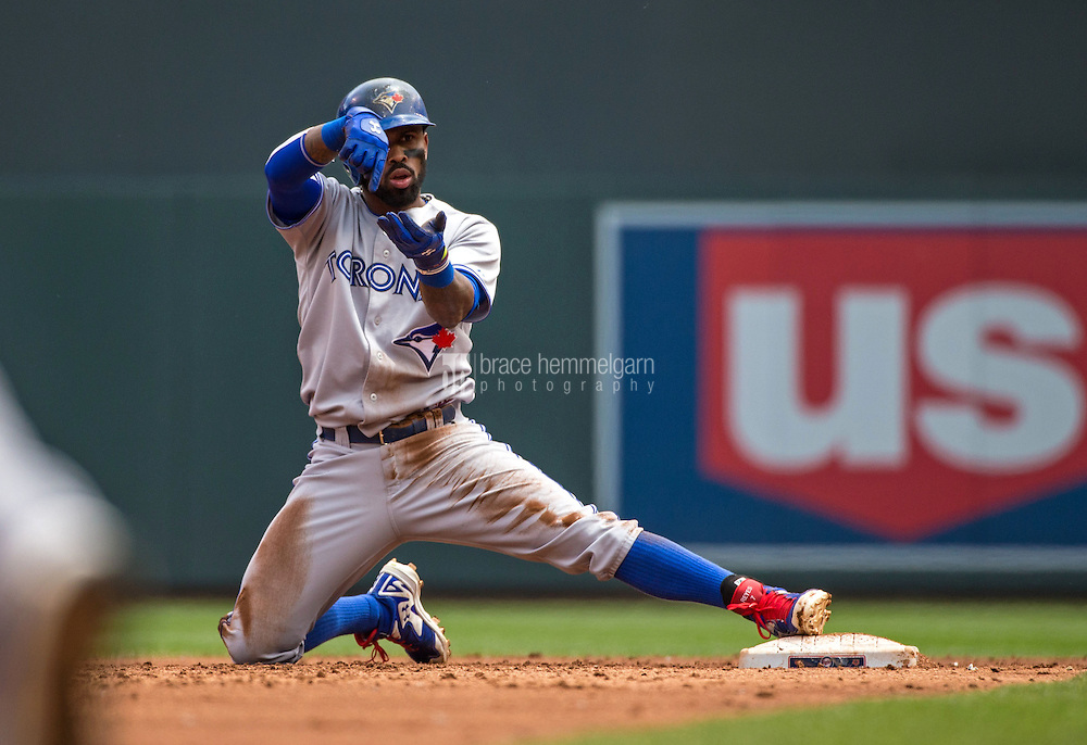 MINNEAPOLIS, MN- MAY 31: Jose Reyes #7 of the Toronto Blue Jays celebrates against the Minnesota Twins on May 31, 2015 at Target Field in Minneapolis, Minnesota. The Twins defeated the Blue Jays 6-5. (Photo by Brace Hemmelgarn) *** Local Caption *** Jose Reyes