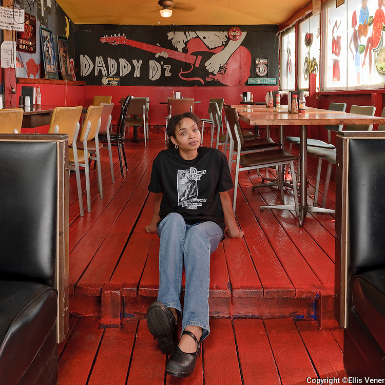 portrait of Kia P. at Daddy Dz's Bar B Que Joynt, Atlanta Georgia