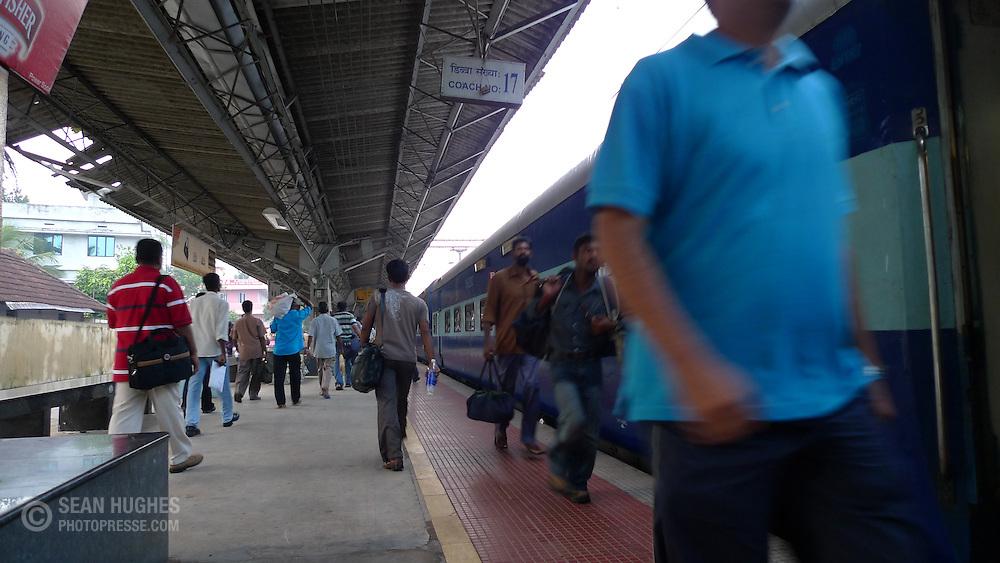 Night train from Chennai to Kochi (Cochin), India