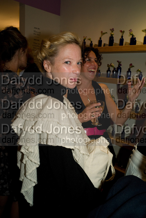 NATHALIE PRESS; SAM RODDICK, Neal's Yard Remedies Natural Beauty Honours and drinks party. King's Rd. London. 4 September 2008.  *** Local Caption *** -DO NOT ARCHIVE-© Copyright Photograph by Dafydd Jones. 248 Clapham Rd. London SW9 0PZ. Tel 0207 820 0771. www.dafjones.com.