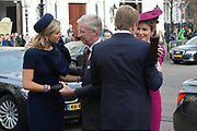 Bezoek van Zijne Majesteit Koning Filip en Hare Majesteit Koningin Matilda van Belgi&euml; aan Nederland.Aankomst en ontvangst op Paleis Noordeinde.<br /> <br /> Visit of His Majesty King Filip and Her Majesty Queen Matilda of Belgium to Netherlands. Arrival and reception at Noordeinde Palace.<br /> <br /> op de foto / On the photo:  Belgische koning Filip en koningin Matilda met koning Willem-Alexander en koningin Maxima / Belgian King Filip and Queen Matilda with King Willem-Alexander and Maxima Queen